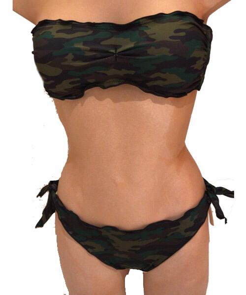 Bikini F**K a fascia camouflace  e bretelline rimovibili  e slip laccetto brasiliano regolabile 2020